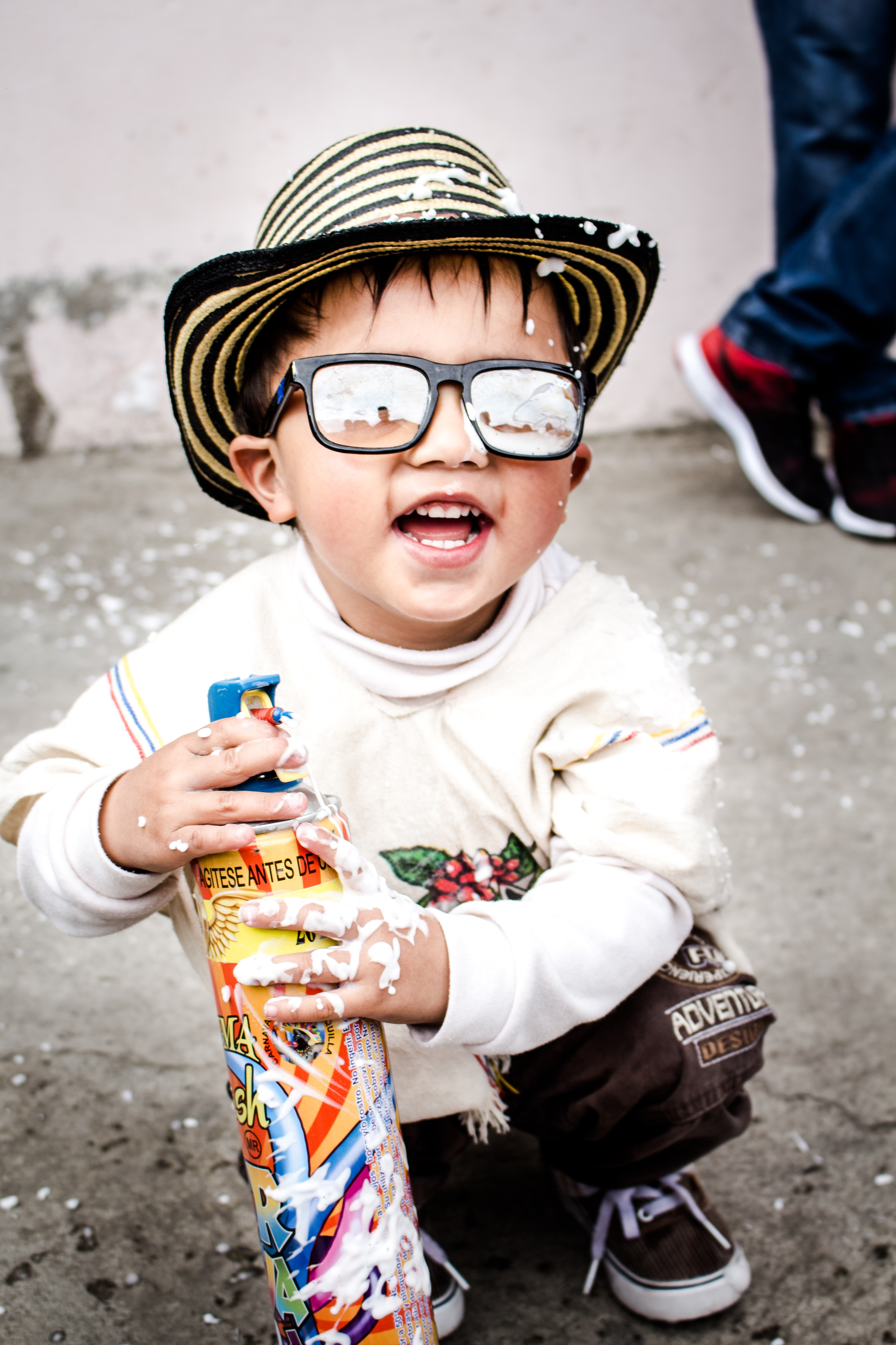photography-of-kid-wearing-sunglasses-838879