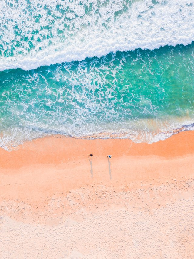 drone-footage-of-a-beach-3556117.jpg